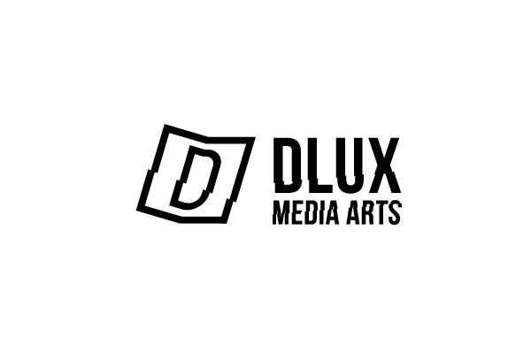 dlux8-01.jpg