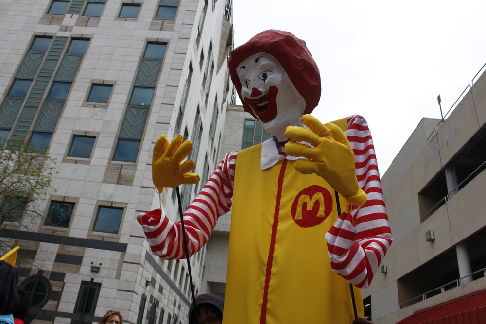 An effigy of Ronald McDonald at the Fight for Fifteen protests in Atlanta. Actors who play Ronald McDonald make between $40,000 and $300,000 per year.
