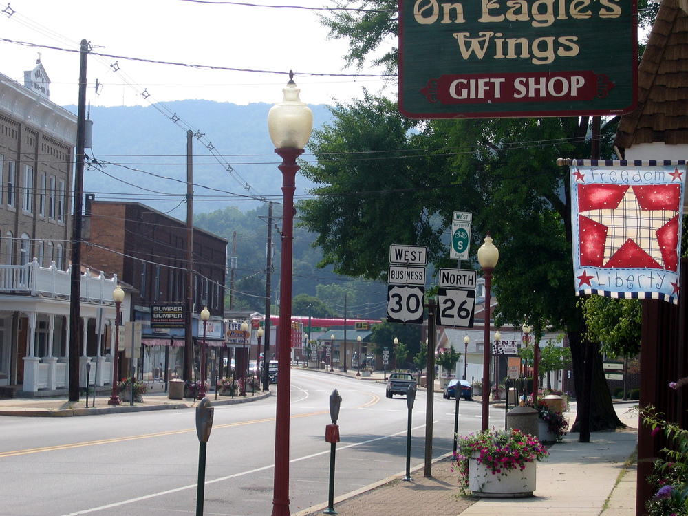 Main Street in Everett, Pennsylvania.