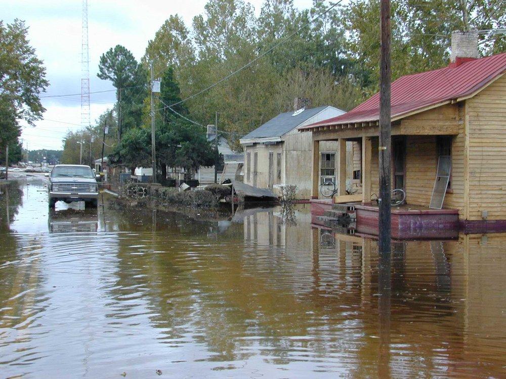 Flooding in Princeville, North Carolina, during Hurricane Floyd in 1999. Image courtesy FEMA.