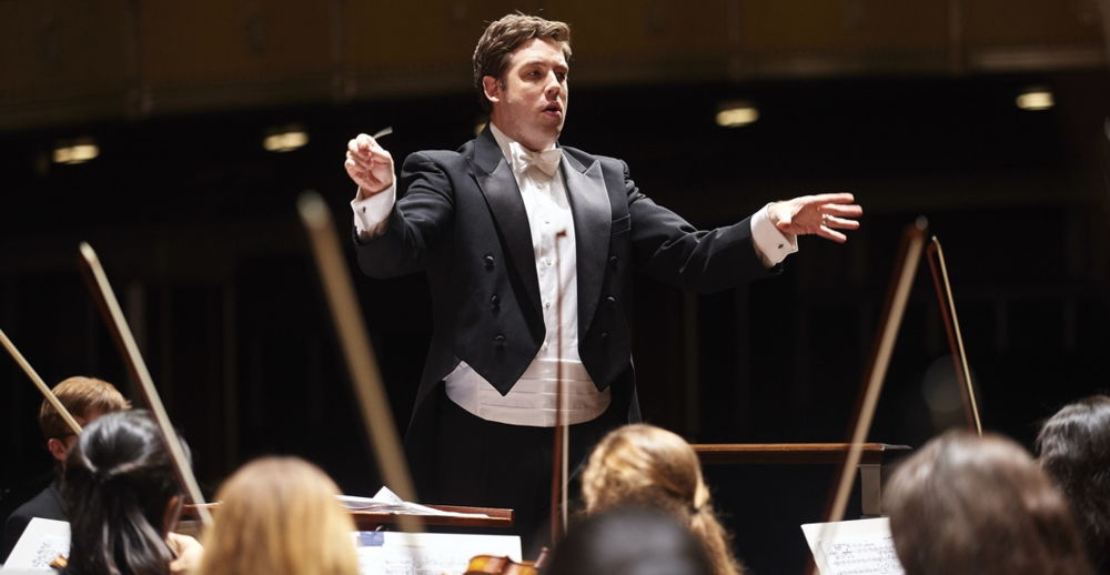 Brett Mitchell leads the Cleveland Orchestra Youth Orchestra in performance at Severance Hall. (Photo by Roger Mastroianni.)