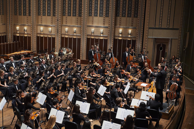 The Cleveland Orchestra Youth Orchestra and music director Brett Mitchell, seen here in November 2016, reconvened Sunday for a program of Debussy, Poulenc, and Bates at Severance Hall. (Photo by Roger Mastroianni)