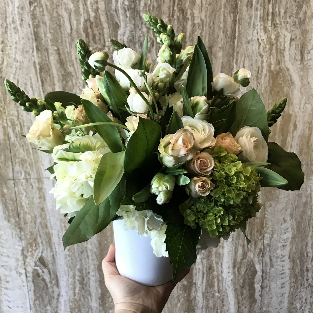 One Month of WEEKLY Flowers Delivered to YOU (4 total)! By The Plum Dahlia