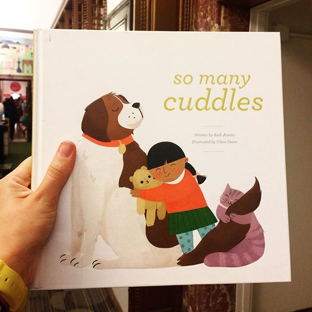 'So Many Cuddles' in New York public library 🐛❤️.