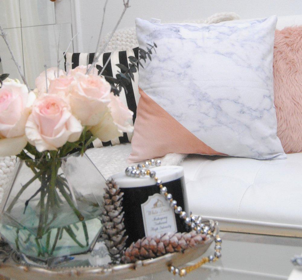 marble pillow karama