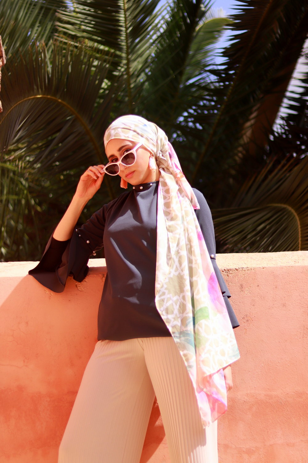 how to style scarf outifit  karama by hoda arabesque scarf, moroccan scarf, arabesque lifestyle, boho chic boho outfit, geometric scarf mosaic scarf moroccan decor morocco decor nyc, side style scarf