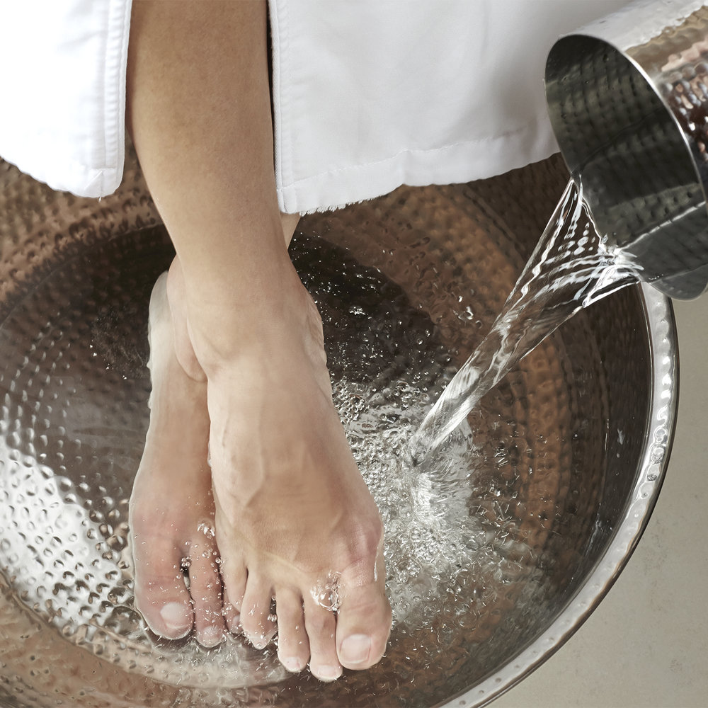 Complimentary foot soak - Enjoy a complimentary soothing foot soak ritual in our serene Relaxation Room before any Face or Body service.