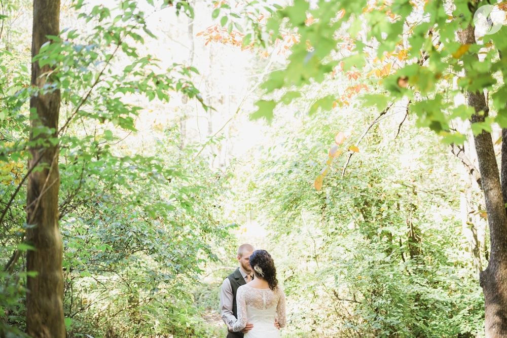Outdoor-Wedding-in-the-Woods-Photography_4205.jpg