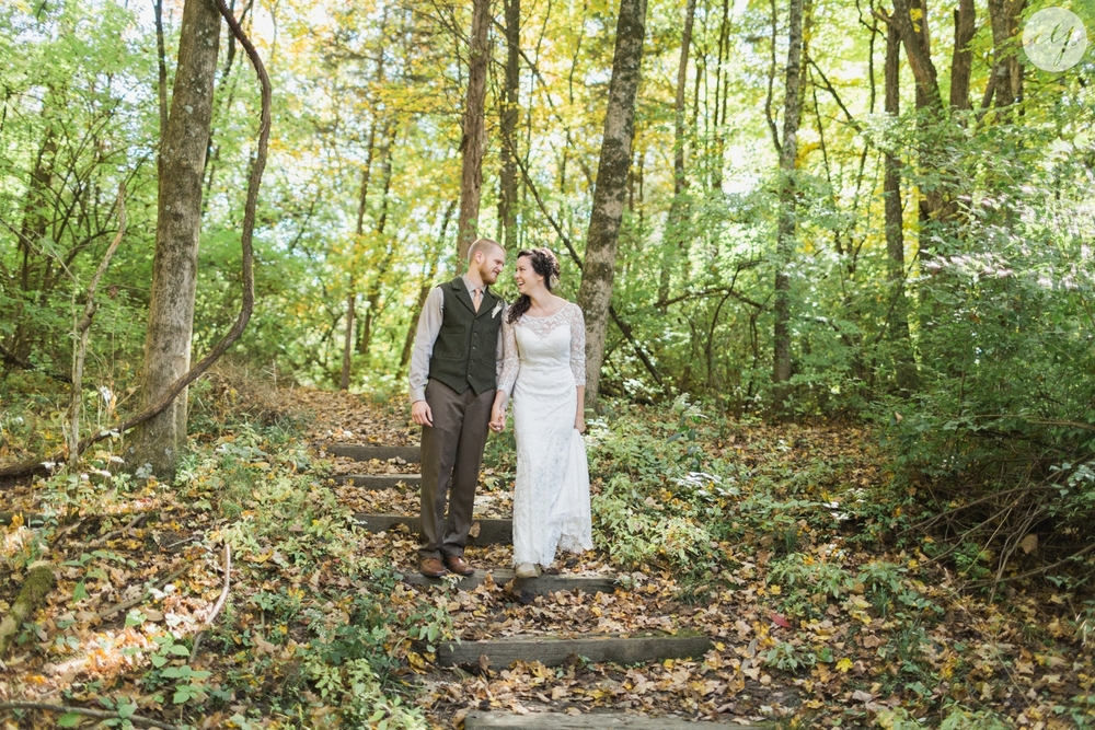 Outdoor-Wedding-in-the-Woods-Photography_4221.jpg
