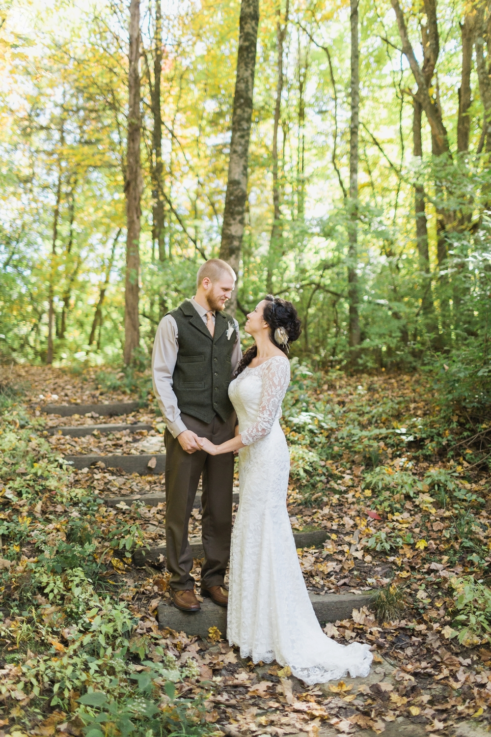 Outdoor-Wedding-in-the-Woods-Photography_4222.jpg