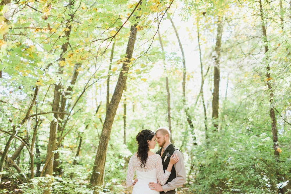 Outdoor-Wedding-in-the-Woods-Photography_4224.jpg