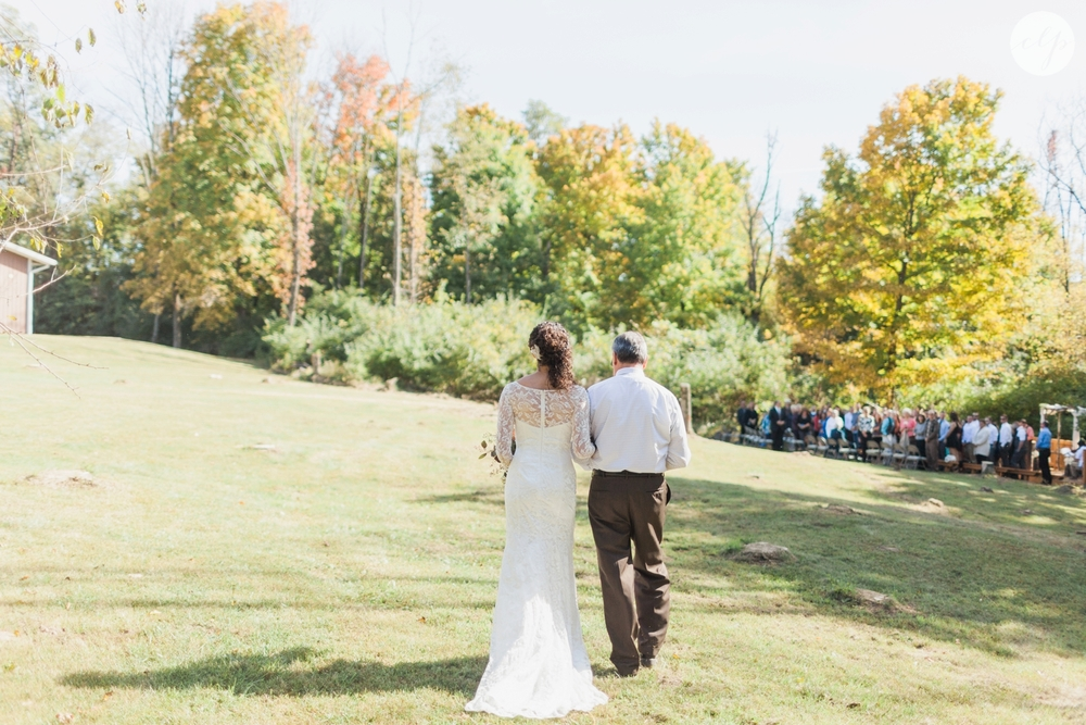 Outdoor-Wedding-in-the-Woods-Photography_4247.jpg