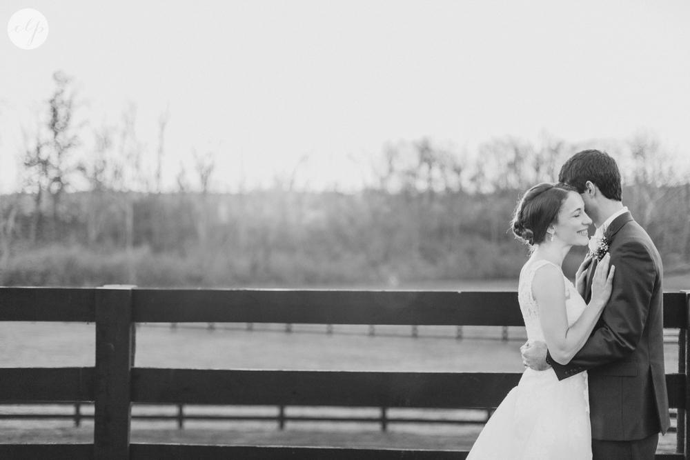 winter-barn-wedding-canopy-creek-farm-ohio_5392.jpg