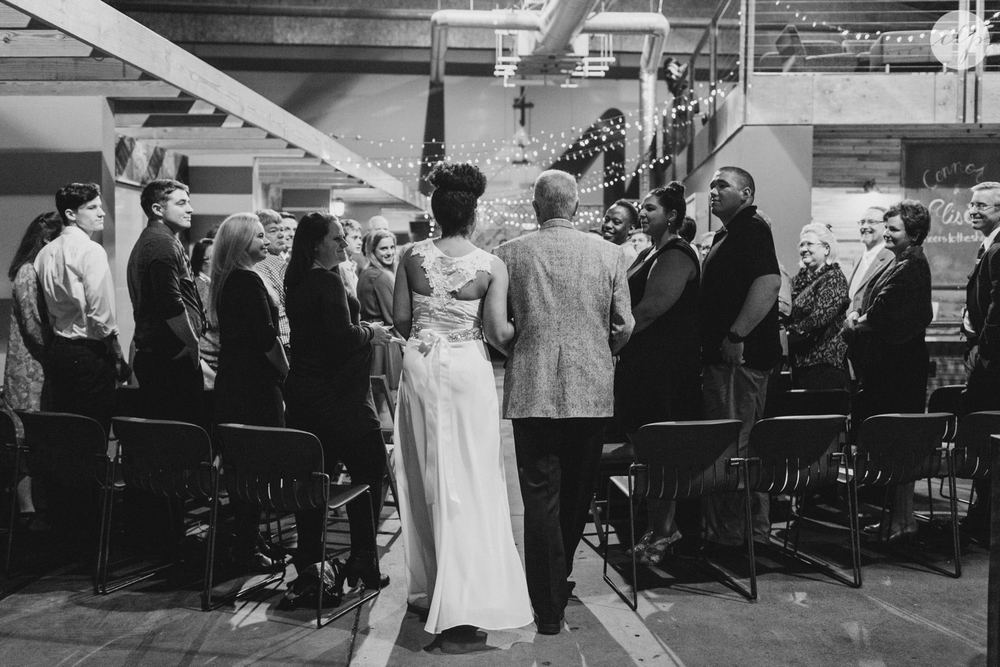 winter-warehouse-wedding-indianapolis-indiana_5585.jpg