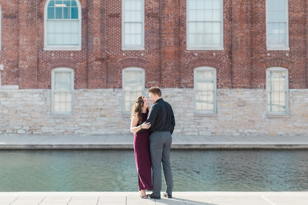 downtown-indianapolis-engagement-shoot_5945.jpg
