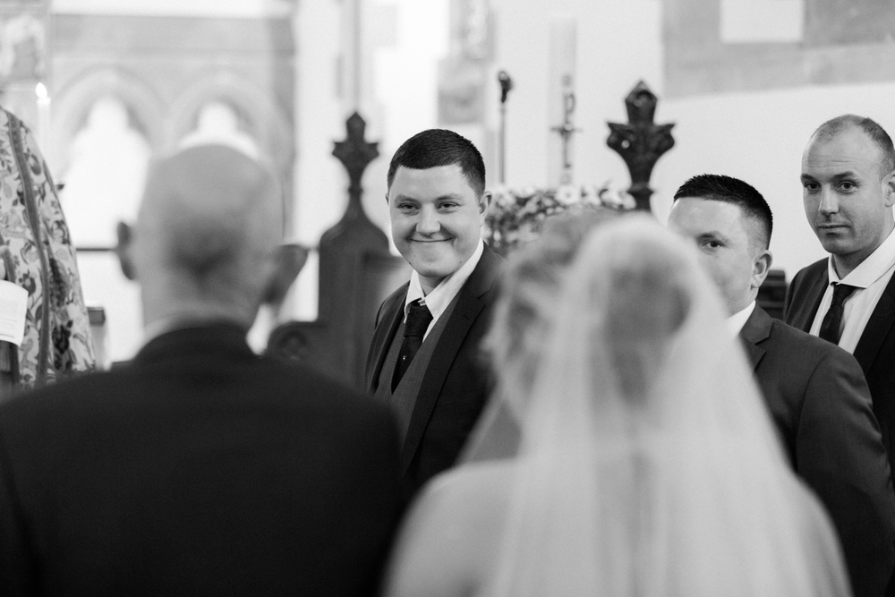 international-wedding-photographer-london-England-european-wedding-venue-chloe-luka-photography_6030.jpg