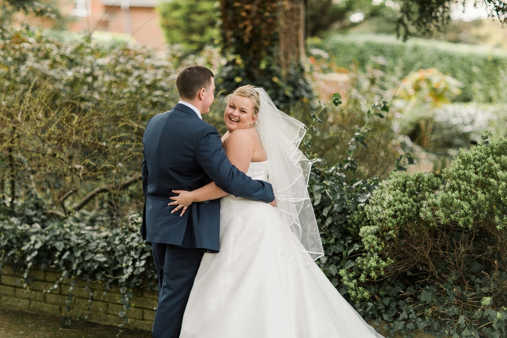 international-wedding-photographer-london-England-european-wedding-venue-chloe-luka-photography_6054.jpg