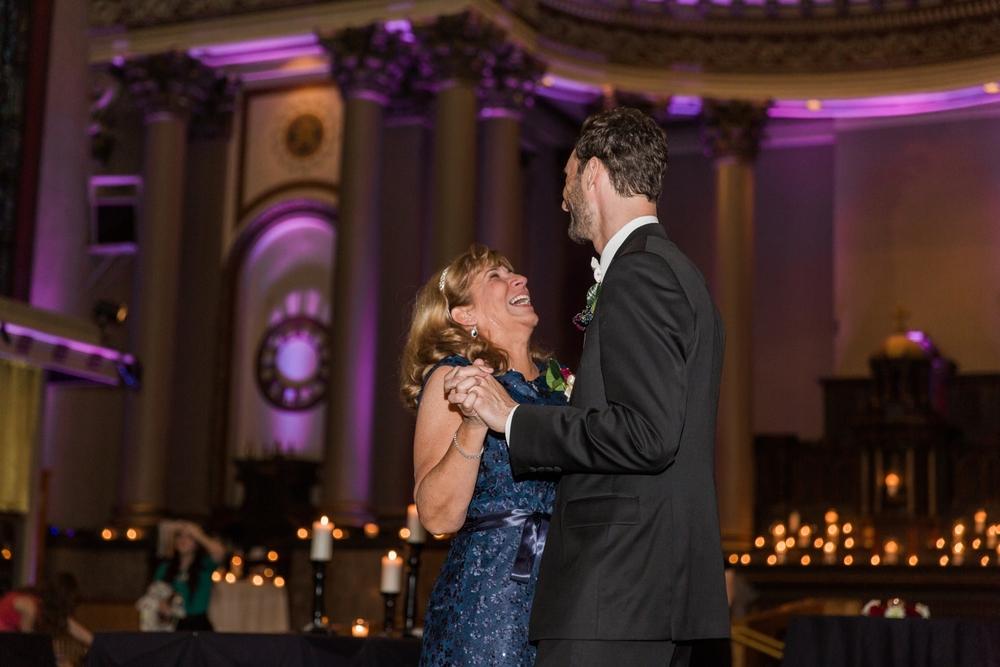 Bell_Event_Centre_Cincinnati_Ohio_Wedding_Photography_Chloe_Luka_Photography_6511.jpg
