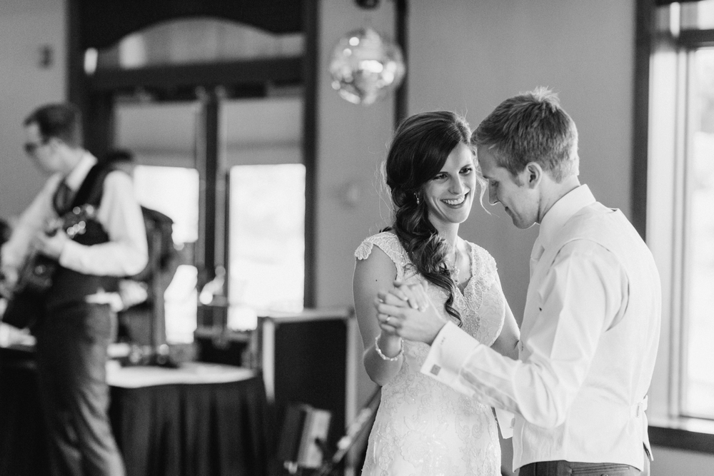 NCR_Country_Club_Kettering_Ohio_Wedding_Photography_Chloe_Luka_Photography_7200.jpg