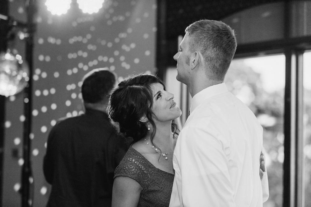 NCR_Country_Club_Kettering_Ohio_Wedding_Photography_Chloe_Luka_Photography_7214.jpg