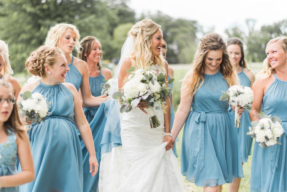 Barn-on-Maryland-Ridge-Indiana-Wedding-Photography-Chloe-Luka-Photography_7842.jpg