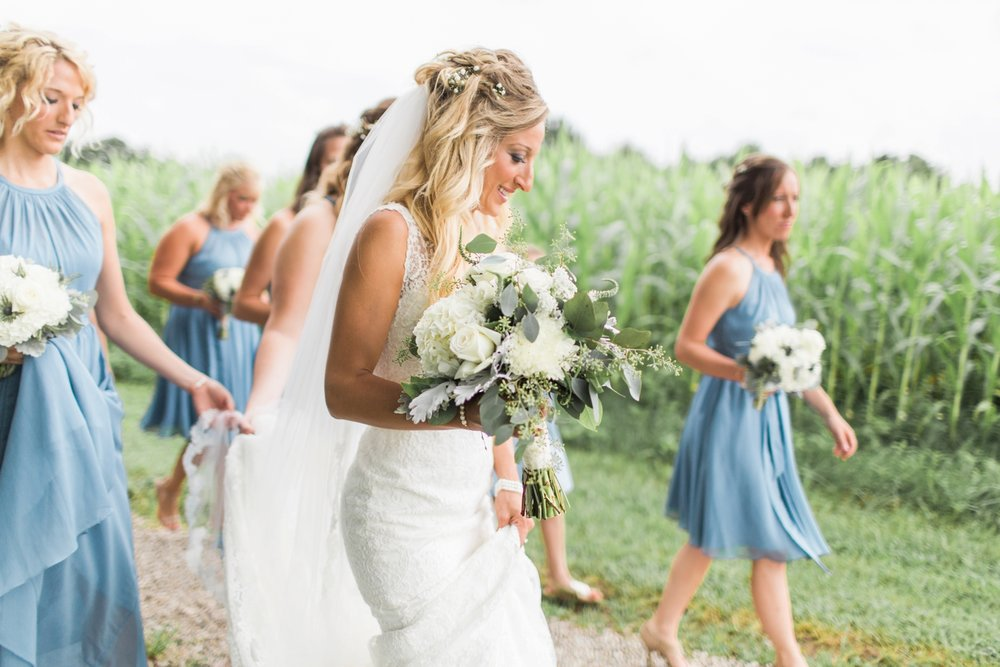 Barn-on-Maryland-Ridge-Indiana-Wedding-Photography-Chloe-Luka-Photography_7846.jpg