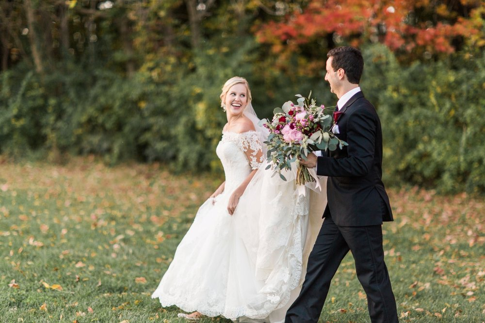 Joe-Katie-Stylish-Elegant-Blush-Gold-Fall-Indiana-Film-Wedding-Photographer_8074.jpg