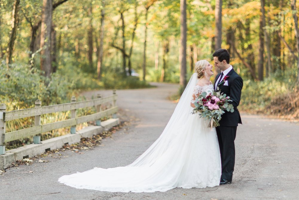 Joe-Katie-Stylish-Elegant-Blush-Gold-Fall-Indiana-Film-Wedding-Photographer_8076.jpg