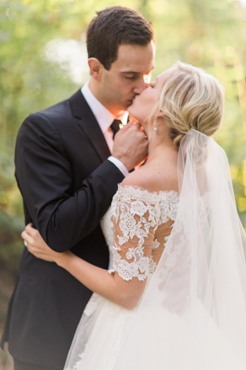 Joe-Katie-Stylish-Elegant-Blush-Gold-Fall-Indiana-Film-Wedding-Photographer_8108.jpg