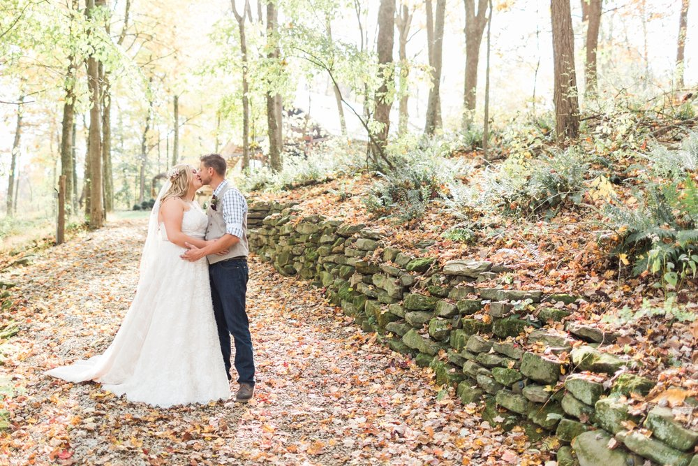 Jill-Rob-Outdoor-Fall-Ohio-Wedding-Photographer-Grand-Barn-at-the-Mohicans_8211.jpg