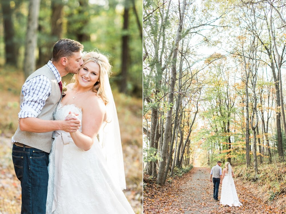 Jill-Rob-Outdoor-Fall-Ohio-Wedding-Photographer-Grand-Barn-at-the-Mohicans_8255.jpg