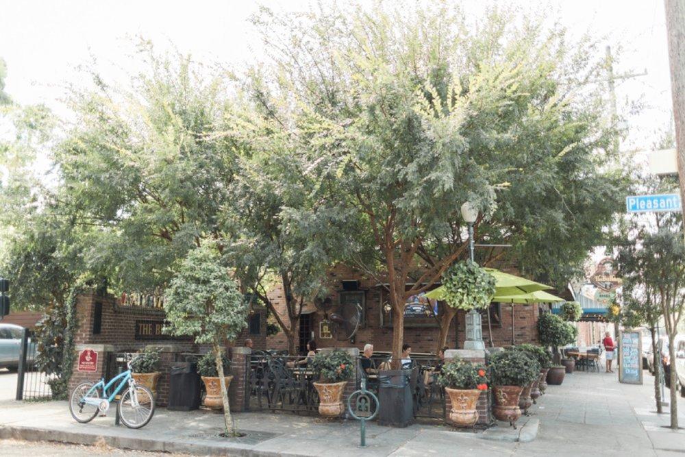 garden-district-new-orleans-destination-wedding-photographer_9777.jpg