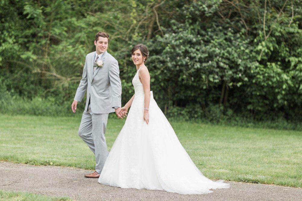 ivy-hills-country-club-weddings-cincinnati-ohio-chloe-luka-photography_9843.jpg