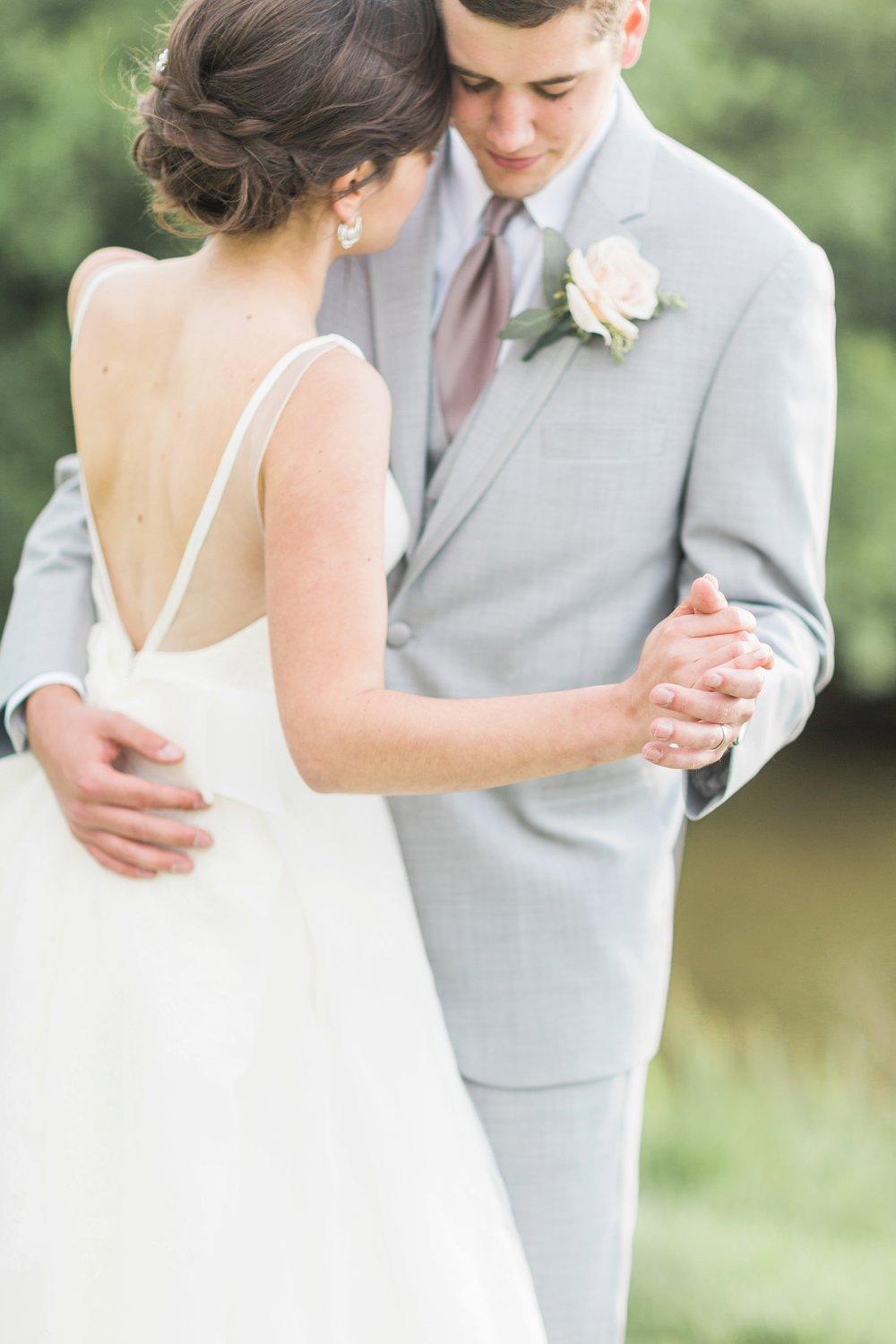 ivy-hills-country-club-weddings-cincinnati-ohio-chloe-luka-photography_9887.jpg