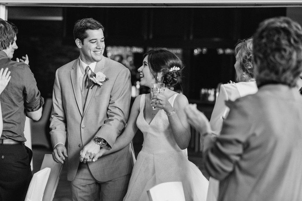 ivy-hills-country-club-weddings-cincinnati-ohio-chloe-luka-photography_9891.jpg