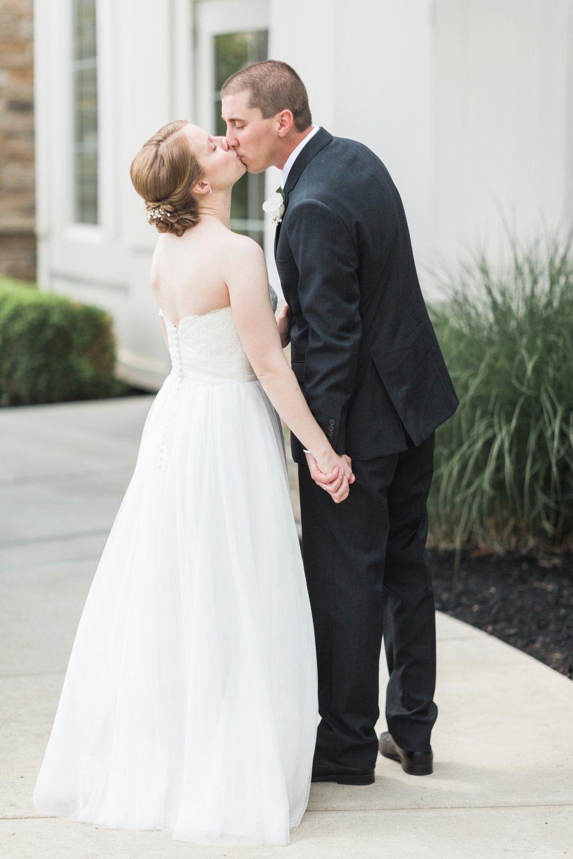 cooper-creek-event-center-weddings-cincinnati-ohio-chloe-luka-photography_9942.jpg