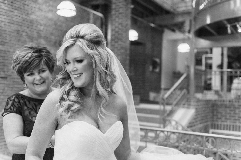 milltop-banquet-center-wedding-noblesville-indiana-chloe-luka-photography_0221.jpg