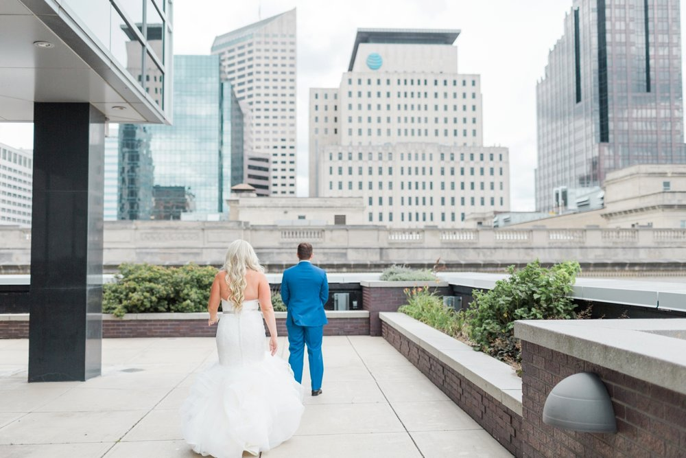 regions-tower-rooftop-wedding-downtown-indianapolis_0708.jpg