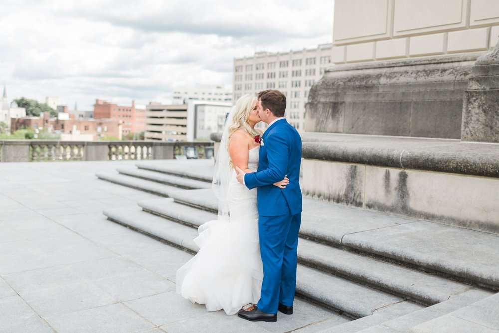 regions-tower-rooftop-wedding-downtown-indianapolis_0769.jpg