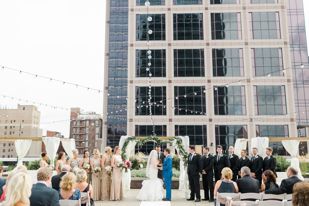 regions-tower-rooftop-wedding-downtown-indianapolis_0805.jpg