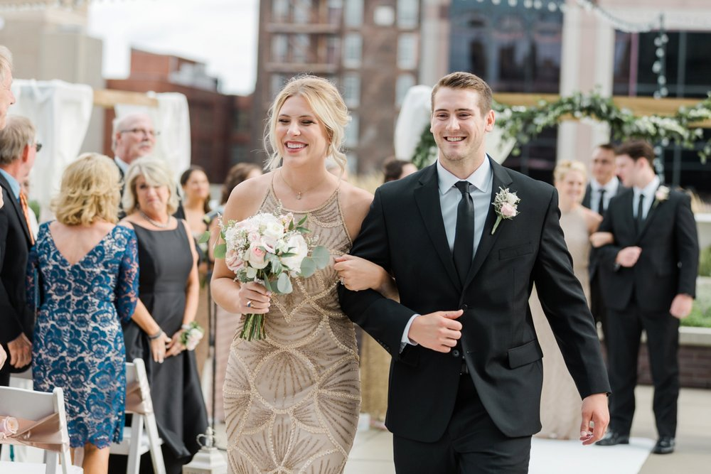 regions-tower-rooftop-wedding-downtown-indianapolis_0814.jpg