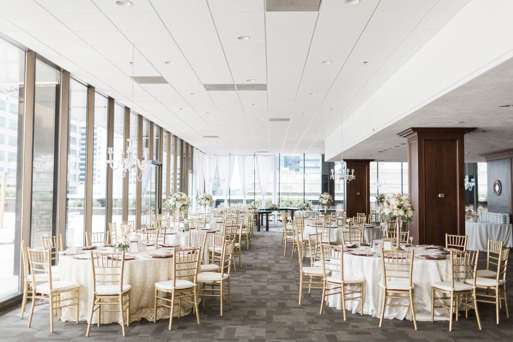 regions-tower-rooftop-wedding-downtown-indianapolis_0817.jpg