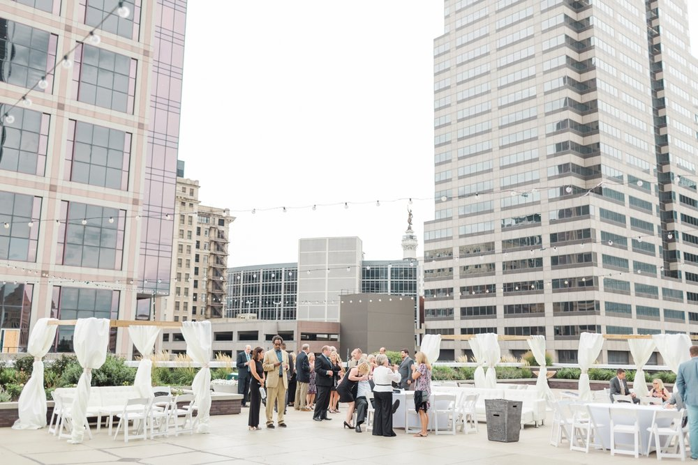 regions-tower-rooftop-wedding-downtown-indianapolis_0830.jpg