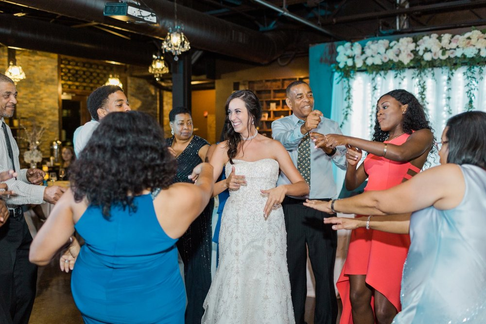 canal-337-downtown-indianapolis-wedding_1046.jpg