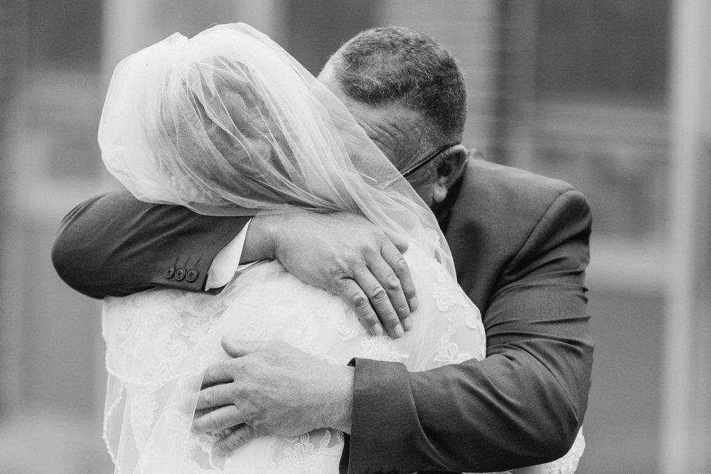 Upstate-New-York-destination-wedding-photographer_2060.jpg