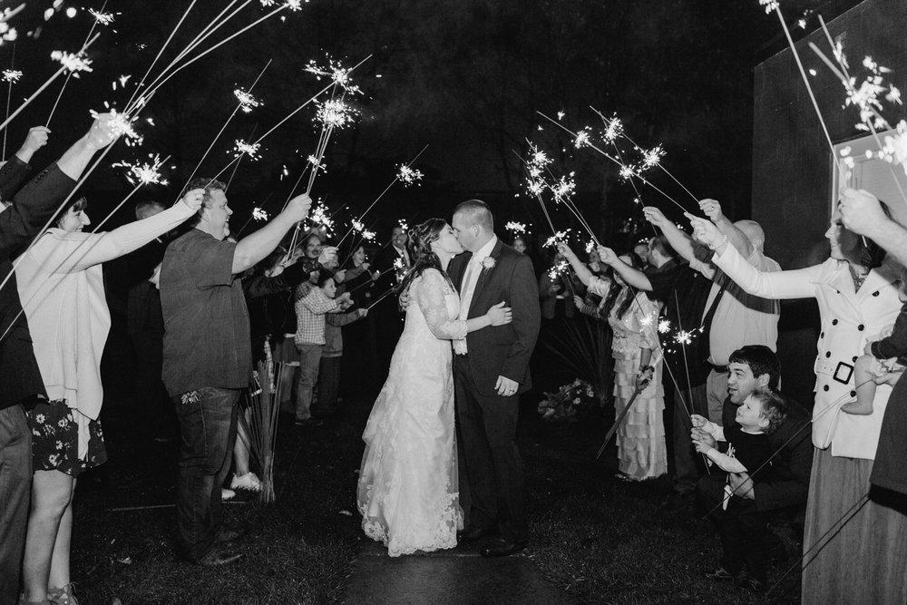 Upstate-New-York-destination-wedding-photographer_2118.jpg