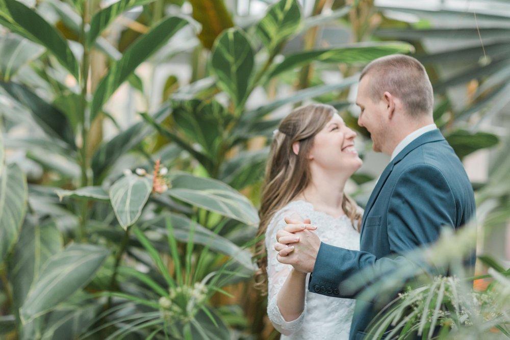 Upstate-New-York-destination-wedding-photographer_2130.jpg