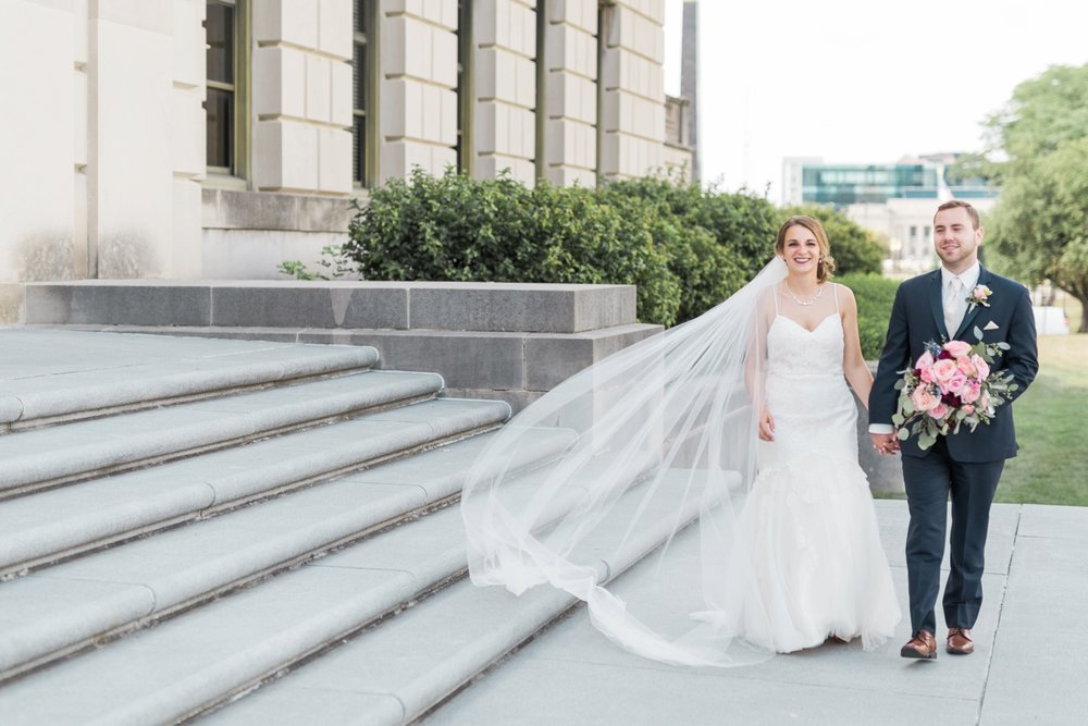 downtown-indianapolis-wedding-photographer_4177.jpg