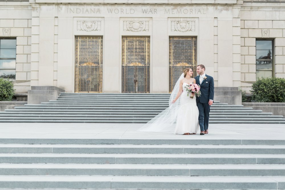 downtown-indianapolis-wedding-photographer_4194.jpg