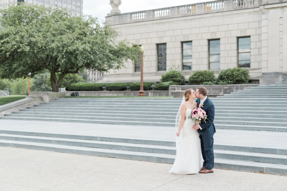 downtown-indianapolis-wedding-photographer_4196.jpg